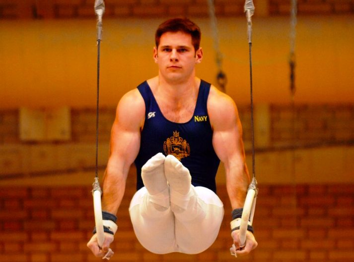 This male gymnast got big using bodyweight workouts.