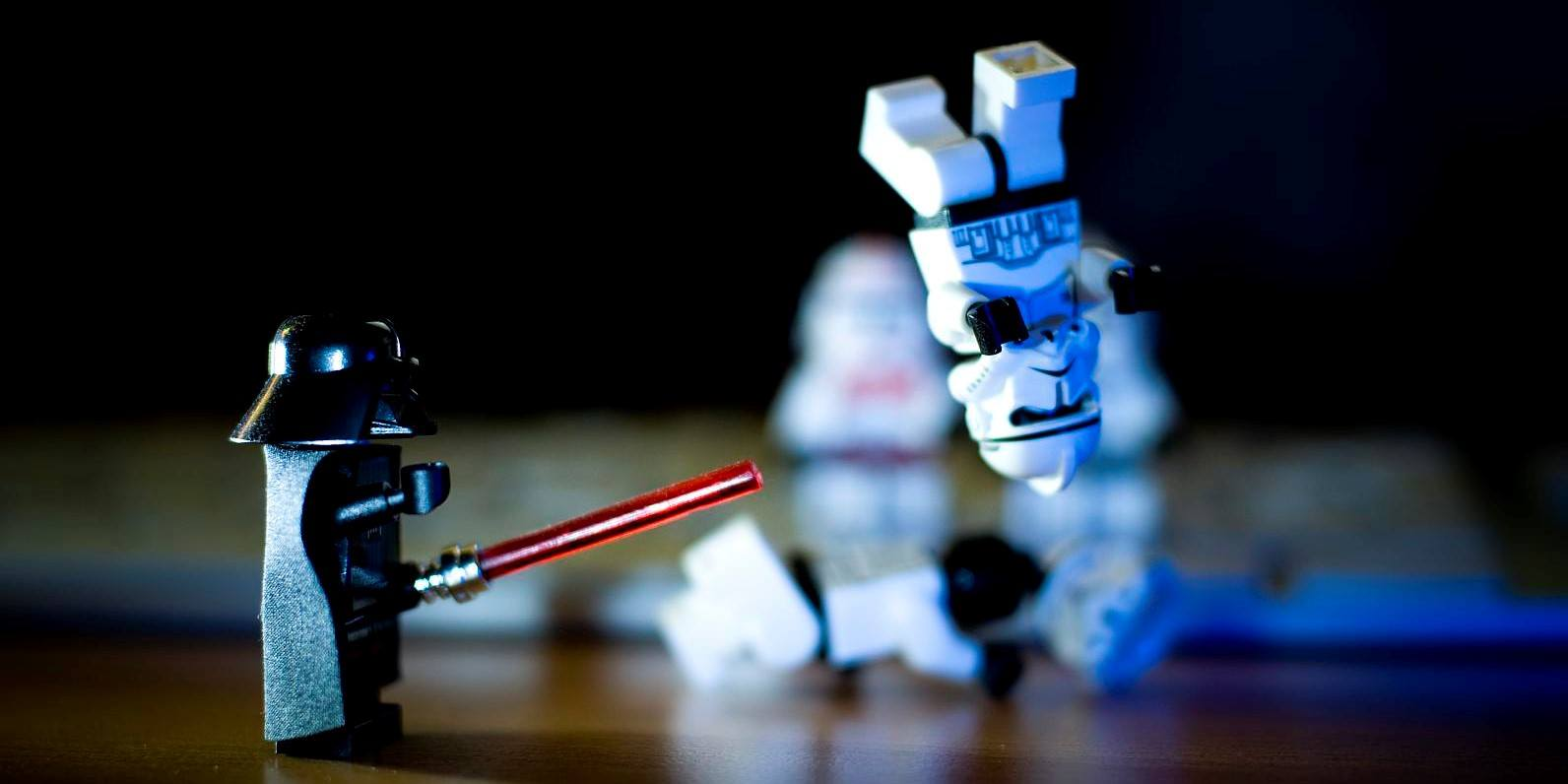 A cool shot of Star Wars LEGOs