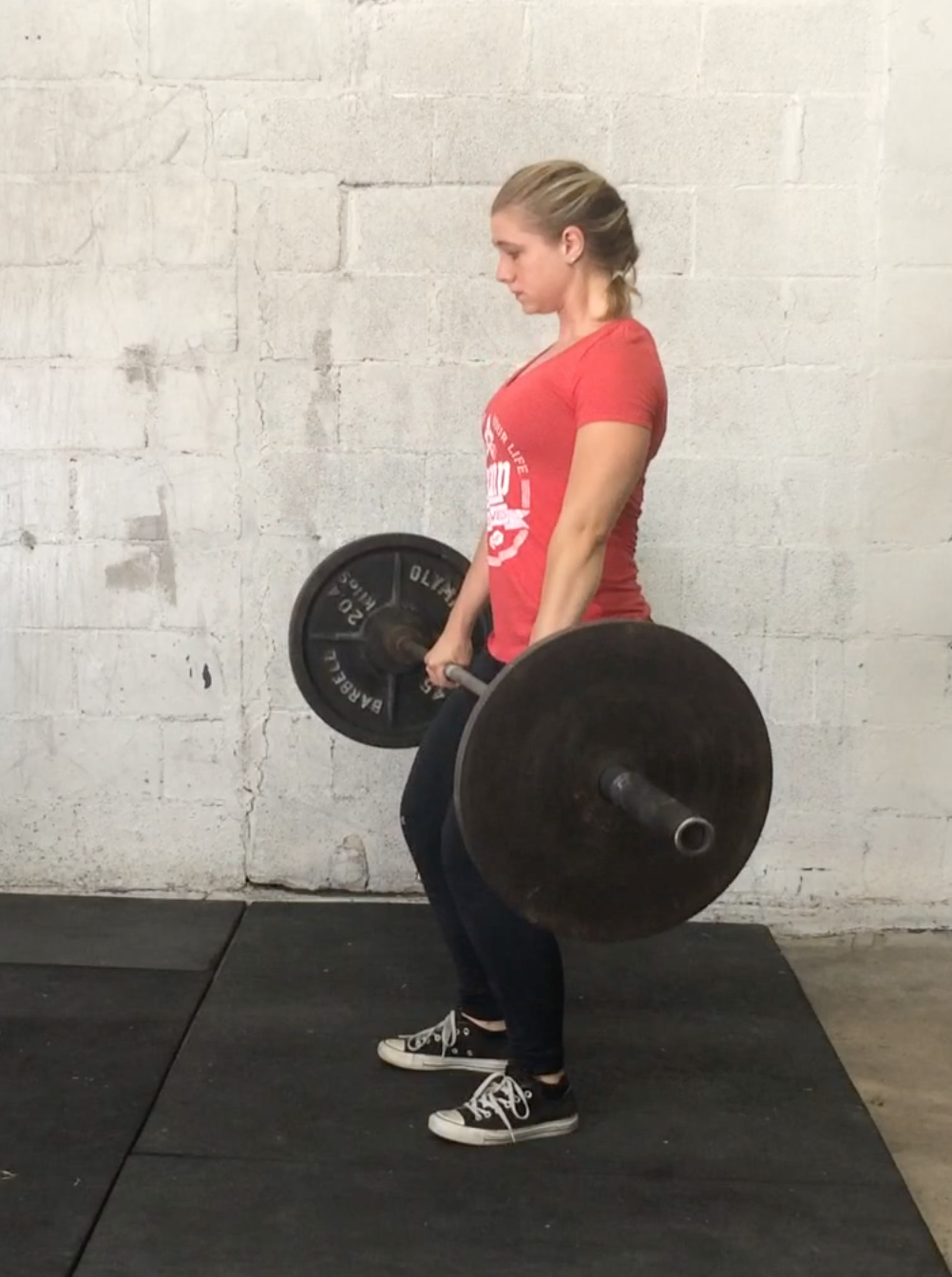 64fd89d51cda Unlock your hips and knees and slowly lower the bar to set it down (make  sure you unlock them at the same time. Unlocking your knees first will  cause ...