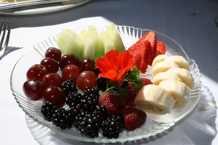 fruit plate is fruit healthy for you nerd fitness