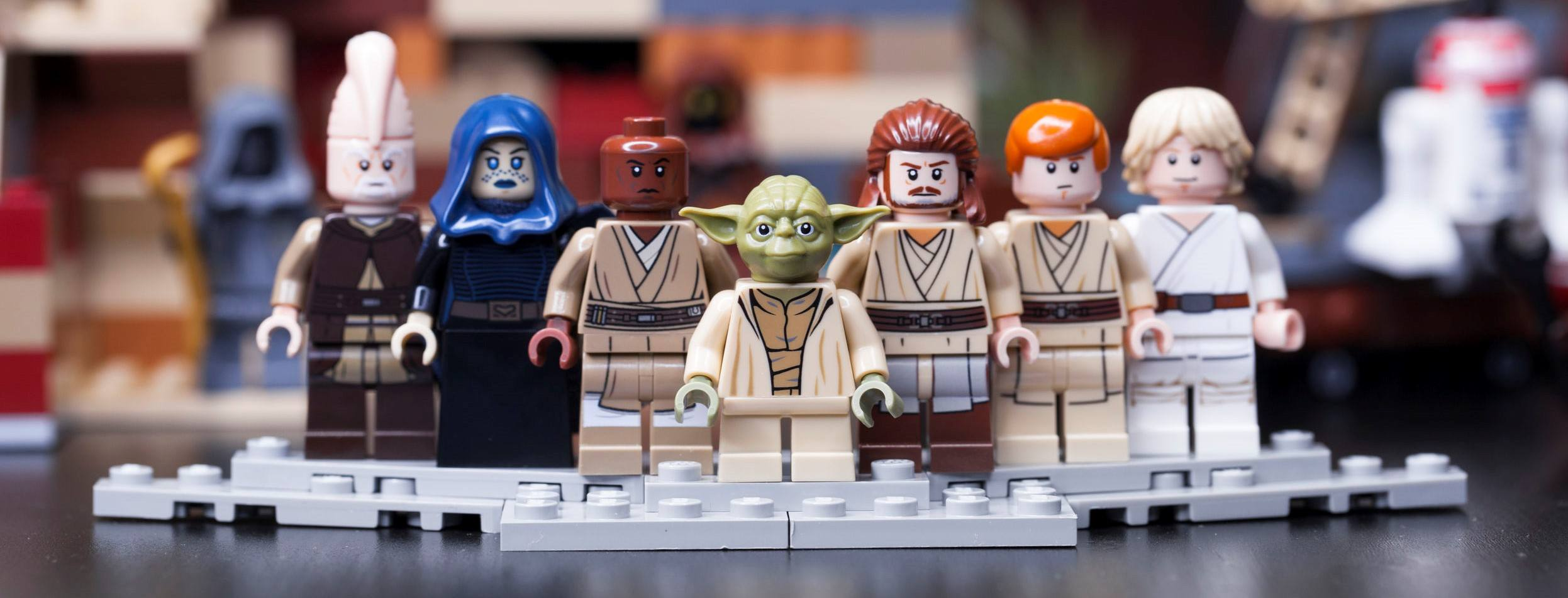 A picture of LEGO Jedi, who will help teach you the 9 skills of successful weight loss.