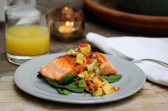 How to Make Pan Seared Salmon and Pineapple Salsa