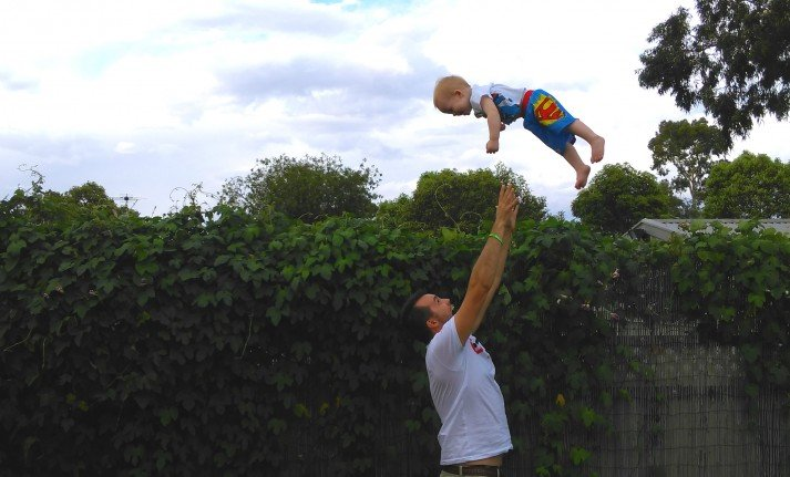 Dad_Child_Superman