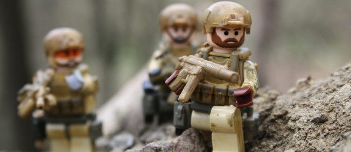 Do Army LEGOs follow the Military Diet?