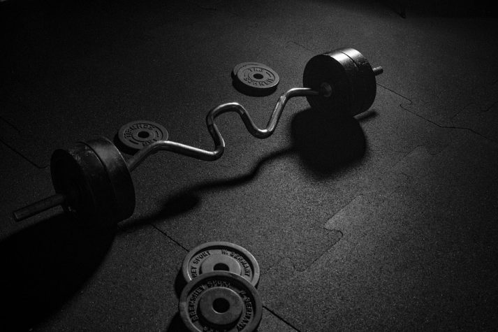 Don't use weights like these incorrectly doing your deadlift.