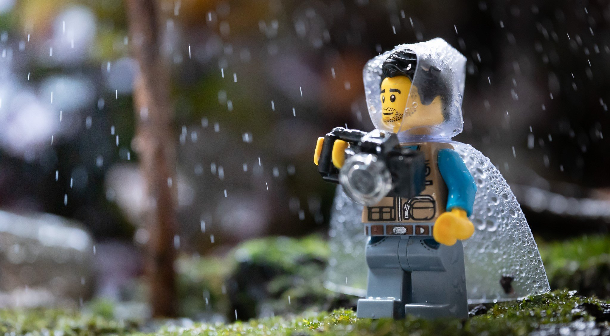 What should you do on your day off from the gym? Go outside like this LEGO!