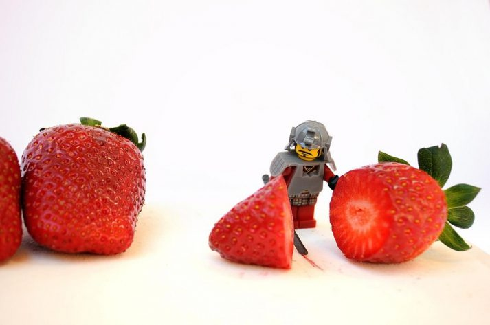 Yes, fruit can be healthy, as this LEGO has figured out by cutting into it.