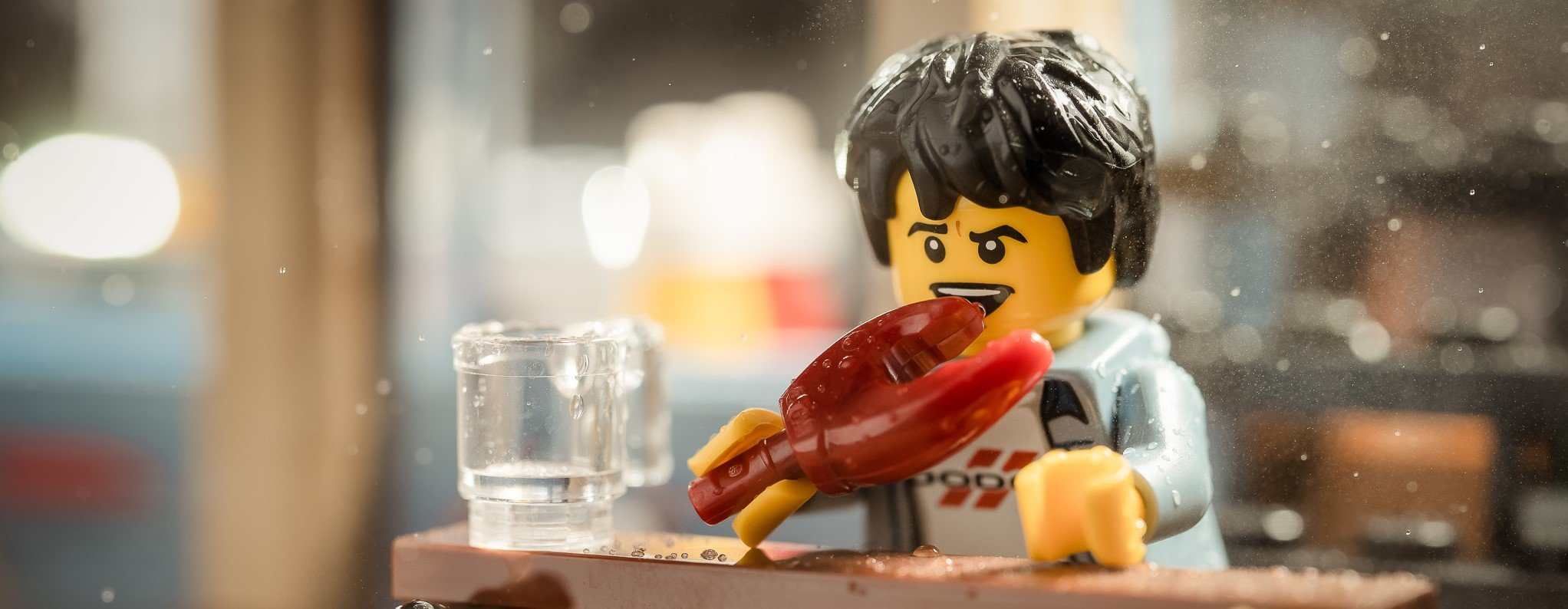 This LEGO follows OMAD. Should he?