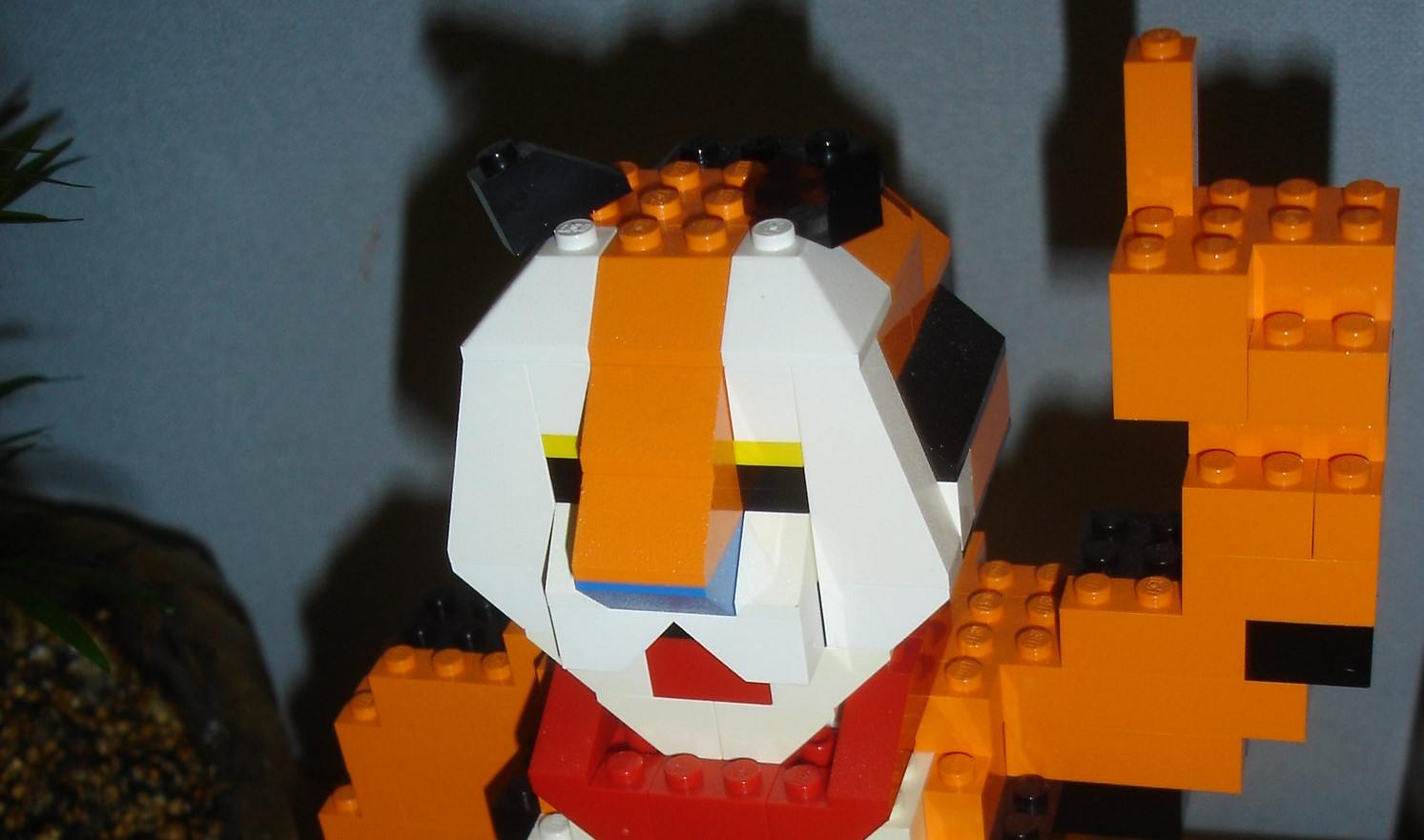 A LEGO Tony the Tiger
