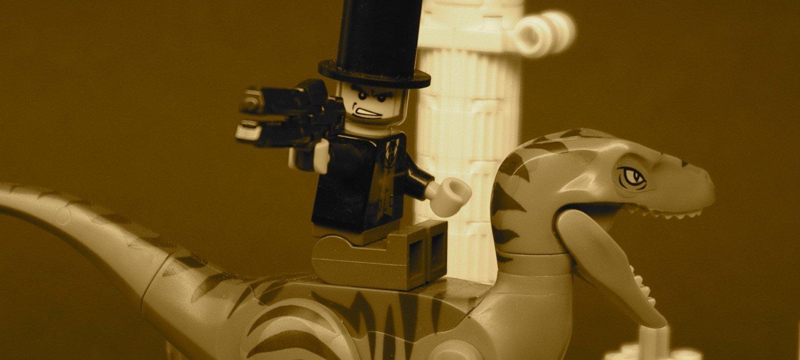Saya tidak pasti apa kaitan foto Abe Lincoln yang menunggang Raptor ini dengan kalkulator protein, tetapi sangat mengagumkan.