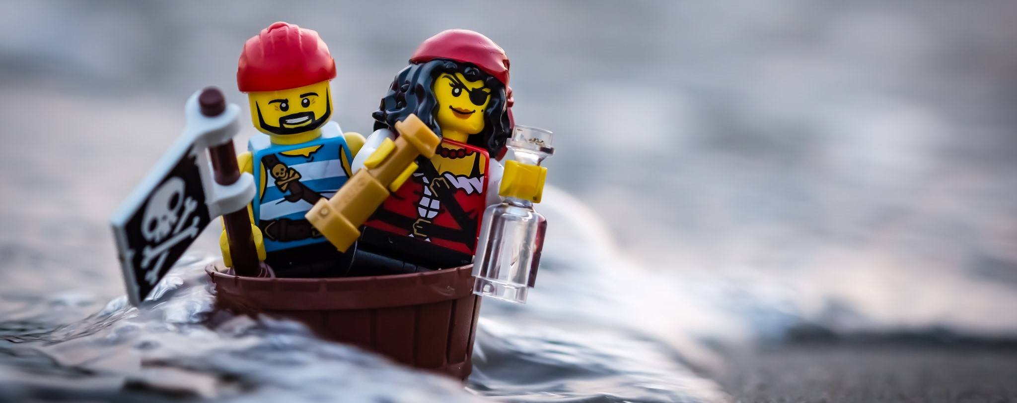A picture of two LEGO pirates.